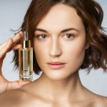 Hyaluronic Acid with Vitamin C Serum To Improve Your Skin